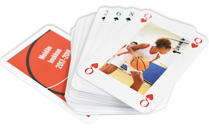 pelikortit omilla kuvilla